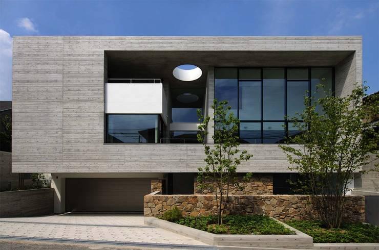KaleidoscopeⅡ: 澤村昌彦建築設計事務所が手掛けた家です。,モダン セラミック
