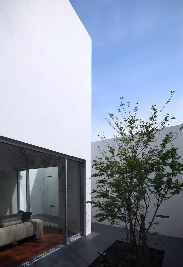 KaleidoscopeⅣ: 澤村昌彦建築設計事務所が手掛けた庭です。