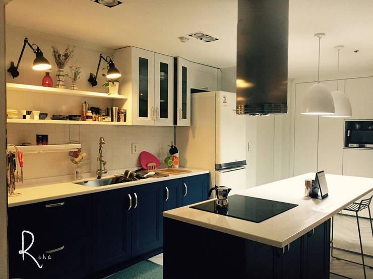 ห้องทานข้าว โดย 로하디자인, เมดิเตอร์เรเนียน