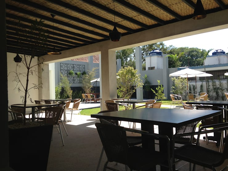 Restaurante Jardim: Espaços gastronômicos  por ANALU ANDRADE - ARQUITETURA E DESIGN