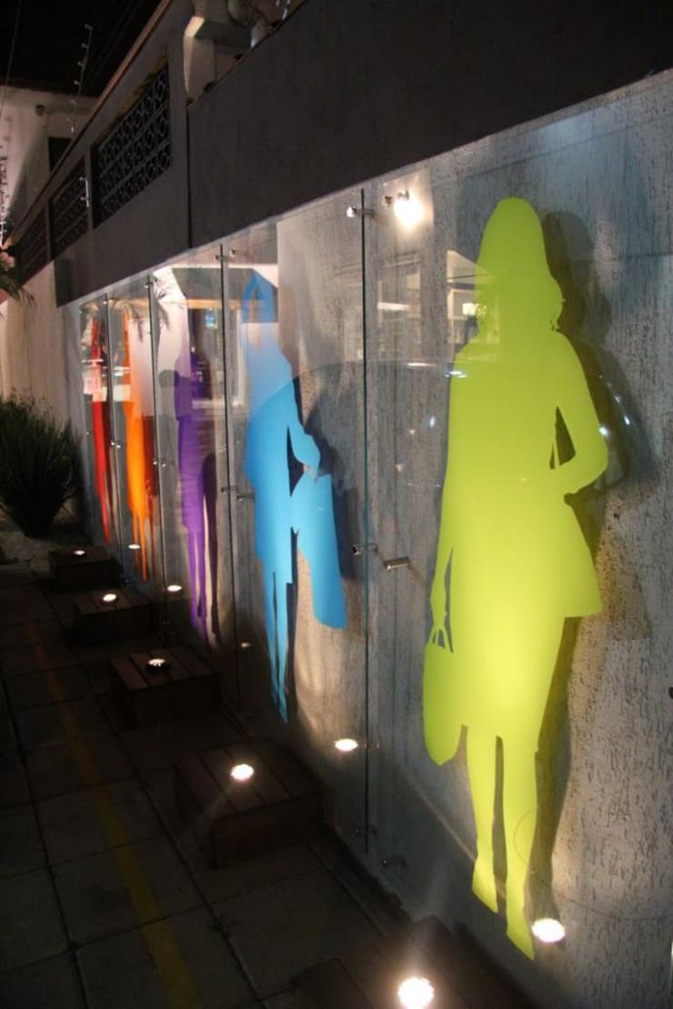 Boutique Emporium Plus Size: Lojas e imóveis comerciais  por ANALU ANDRADE - ARQUITETURA E DESIGN