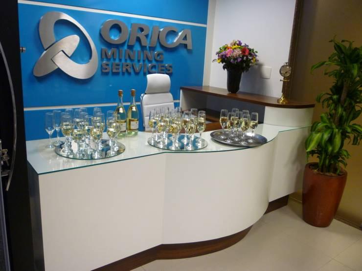 Orica Brasil SA: Espaços comerciais  por ANALU ANDRADE - ARQUITETURA E DESIGN