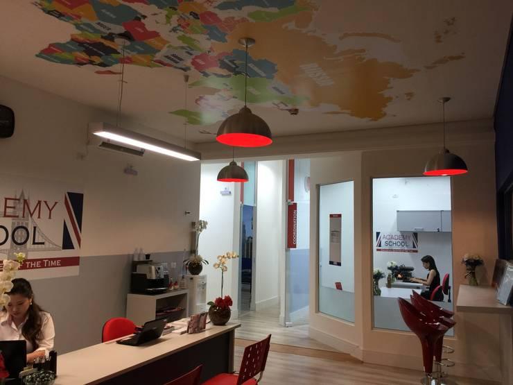 Academy School – Unidade Aquarius: Escolas  por ANALU ANDRADE - ARQUITETURA E DESIGN,Moderno