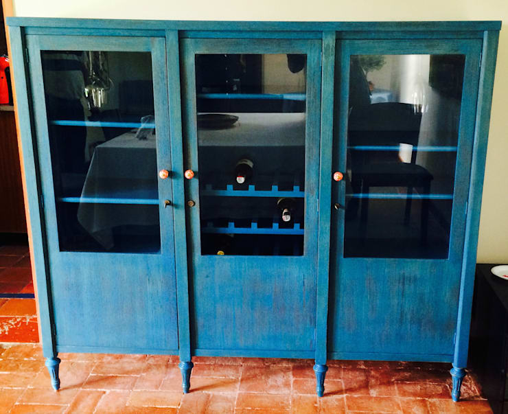 Bife Azul Restaurado:  de estilo  por Redesign Studio