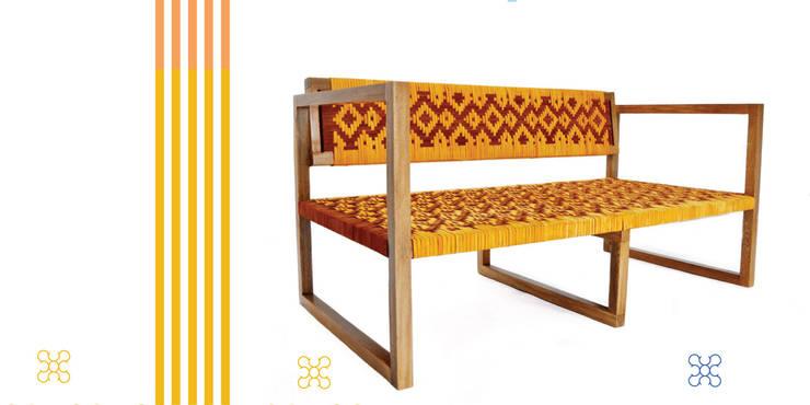 Colores y Tejidos: Hogar de estilo  por Carolina Ortega Design Studio