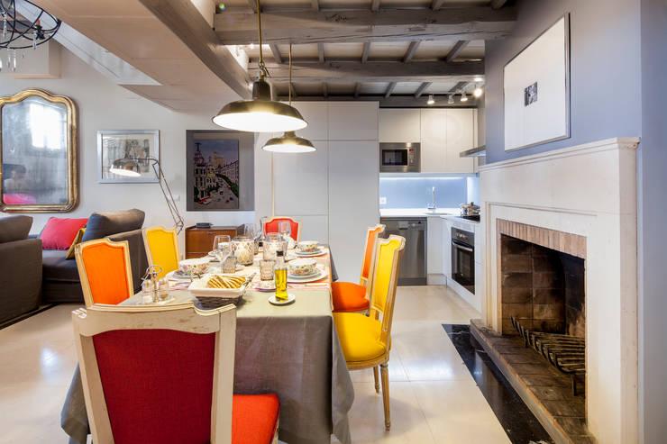 Sala da pranzo in stile  di The Sibarist Property & Homes