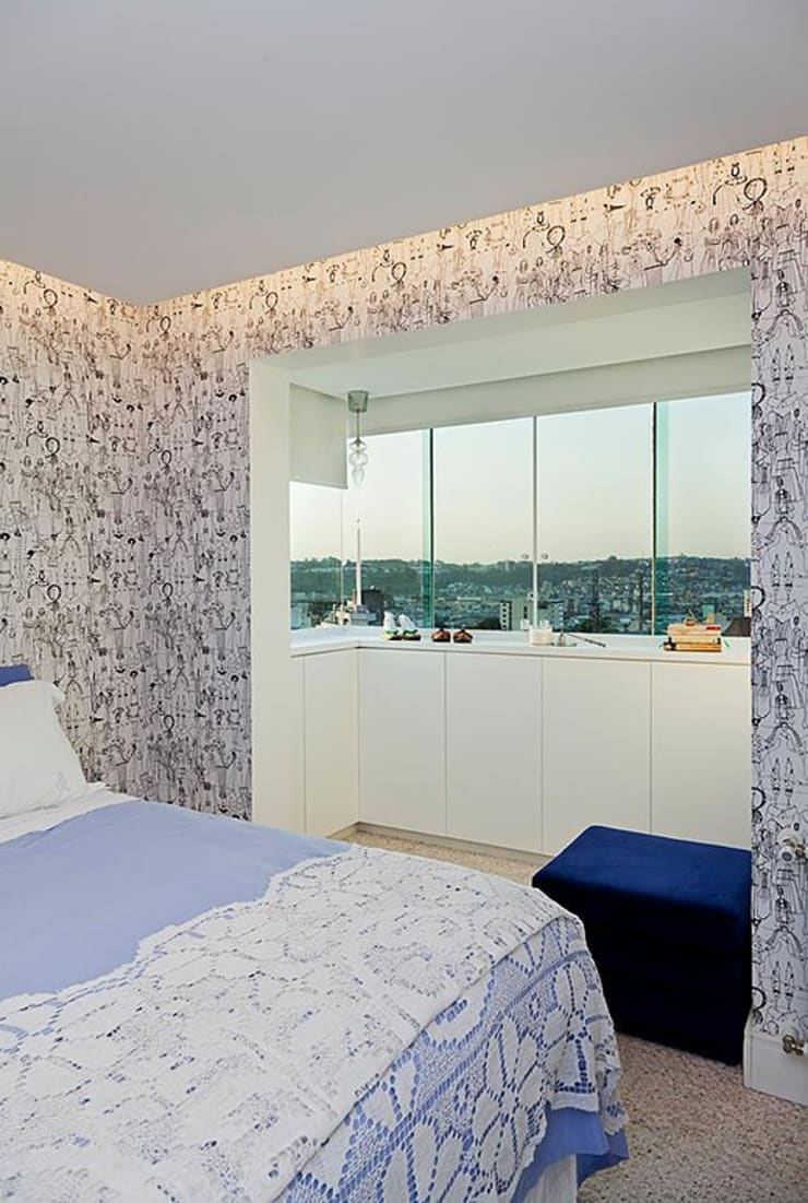 Apartamento Celebrity : Quartos  por carolina lisot arquitetura