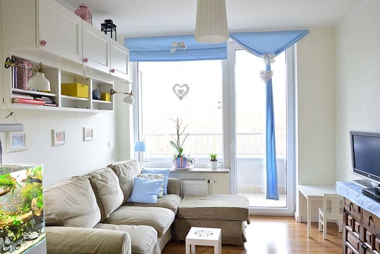 Mieszkanie w stylu cottage: styl , w kategorii Salon zaprojektowany przez Tetate Projektowanie Wnętrz