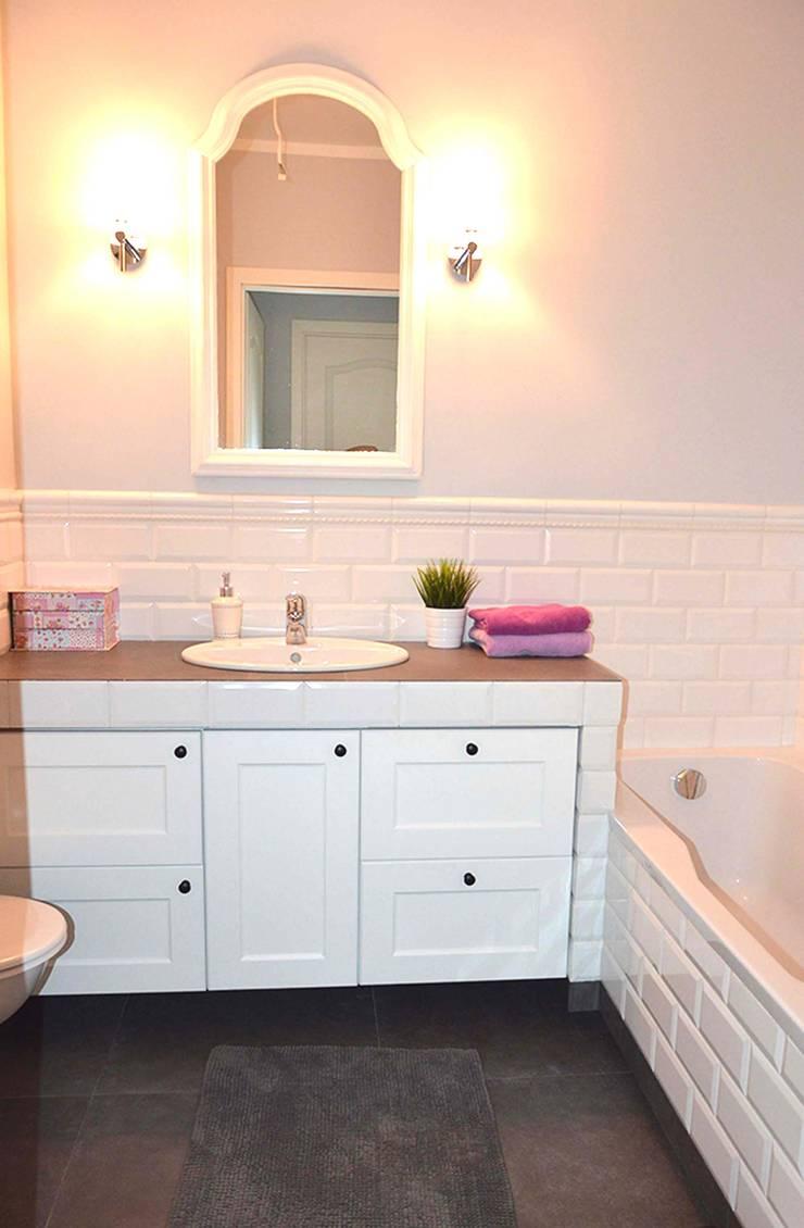 Mieszkanie w stylu cottage: styl , w kategorii Łazienka zaprojektowany przez Tetate Projektowanie Wnętrz