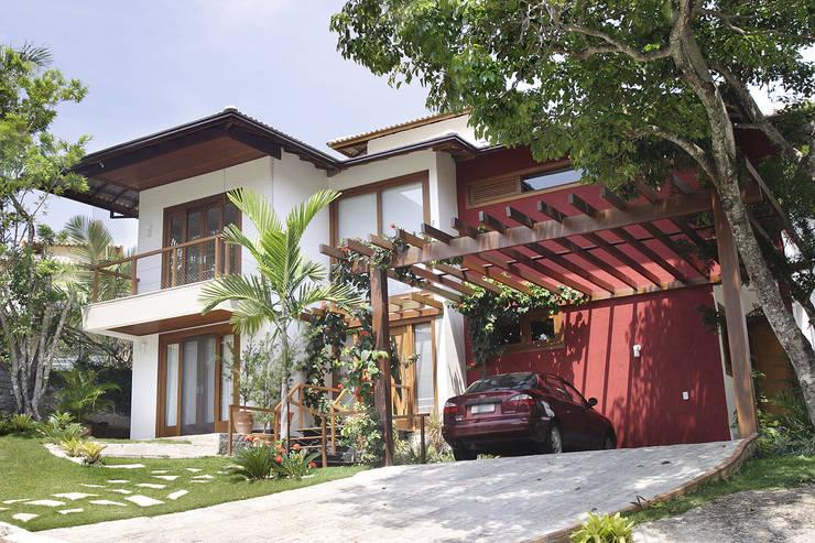 RESIDÊNCIA  AP: Casas  por a4 arquitetos