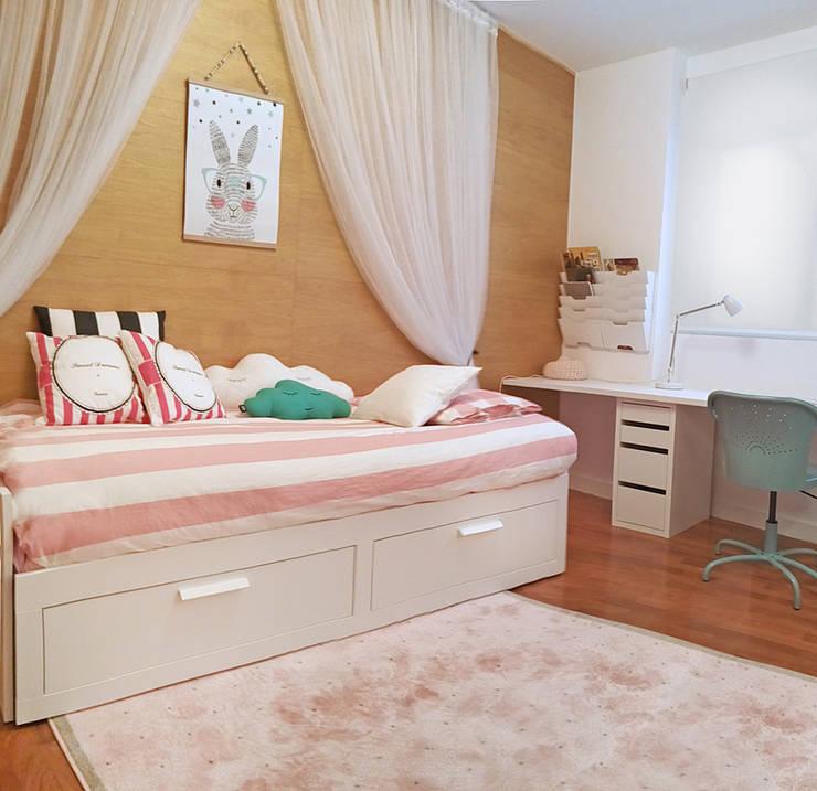 PROYECTO DE DECORACION: Dormitorios infantiles de estilo moderno de La Casa Sueca