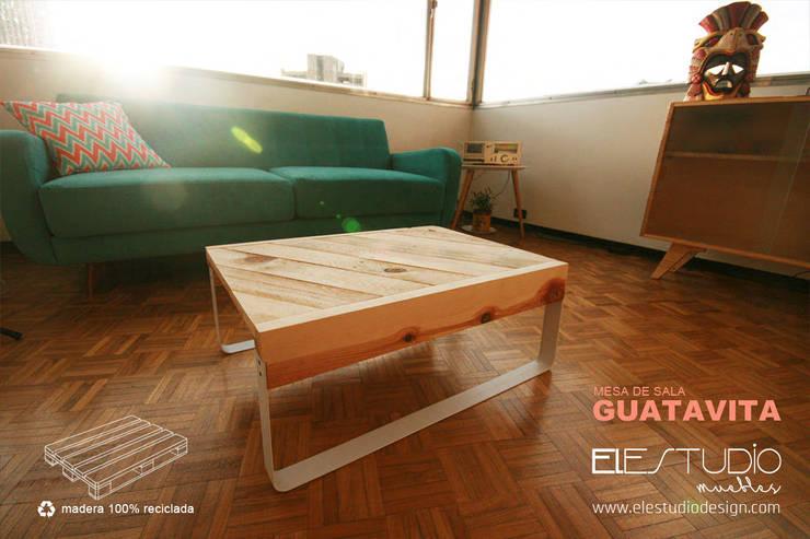 GUATAVITA: Hogar de estilo  por ELESTUDIO