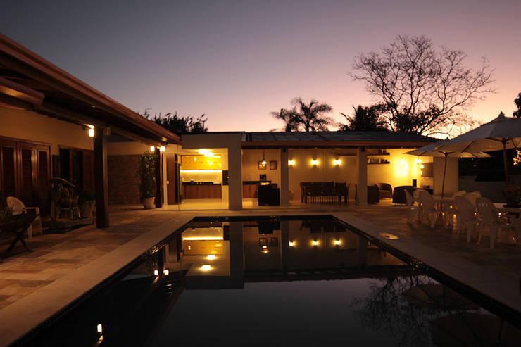 Área de lazer: Casas  por StudioM4 Arquitetura,