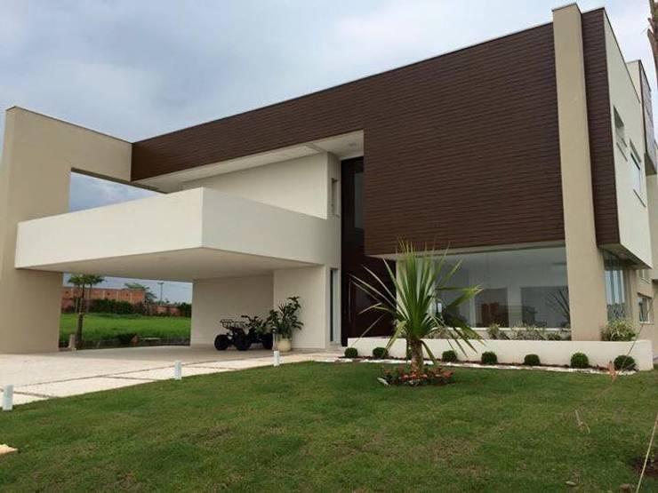 Projeto: Casas  por alexandre chaguri arquitetura