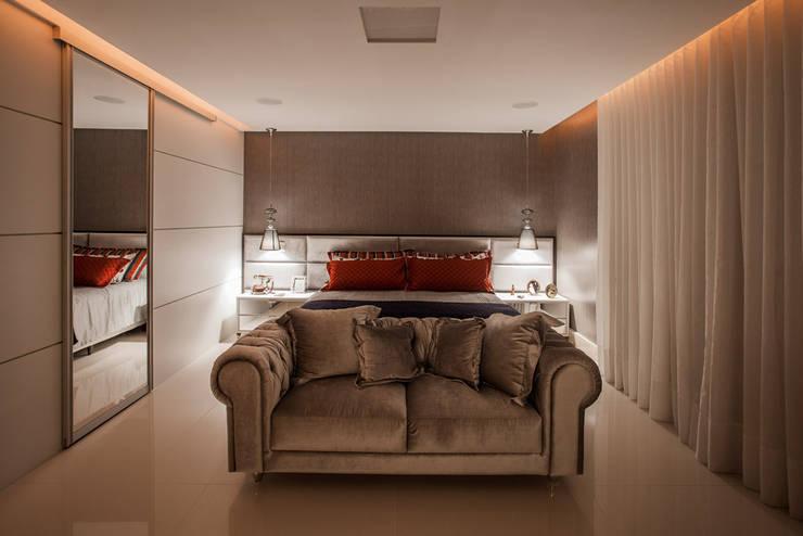 ห้องนอน by Heloisa Titan Arquitetura