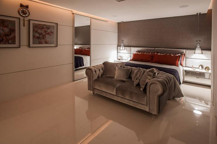 Bedroom by Heloisa Titan Arquitetura