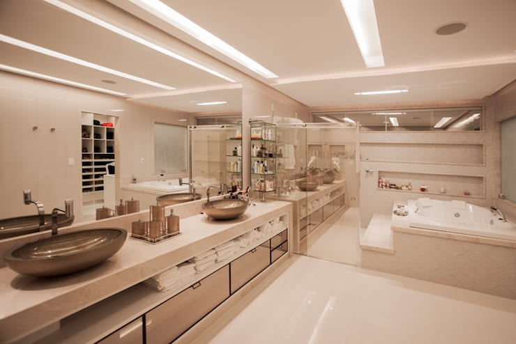 Baños de estilo  por Heloisa Titan Arquitetura