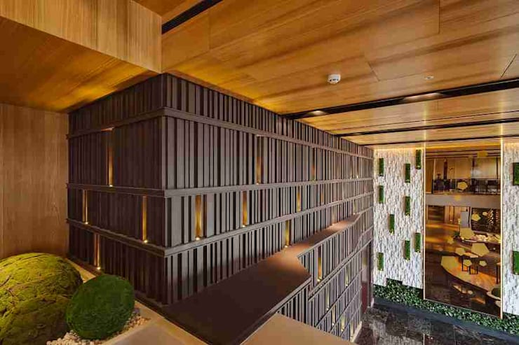 [COMMERCIAL] Yawu Design: KD Panels의  복도 & 현관,모던 우드 우드 그레인