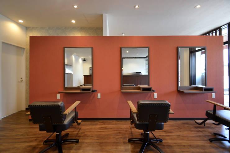 Ayajn: TRANSFORM  株式会社シーエーティが手掛けたオフィススペース&店です。,