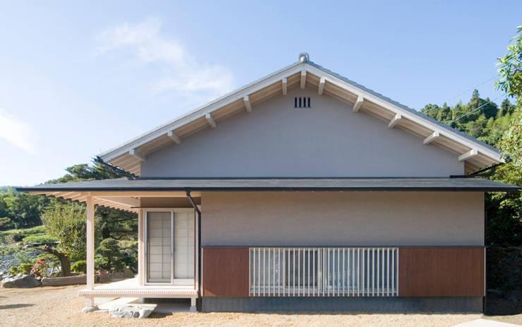 Houses by AMI ENVIRONMENT DESIGN/アミ環境デザイン