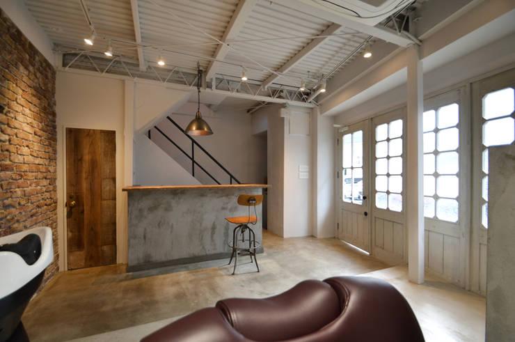 coni: TRANSFORM  株式会社シーエーティが手掛けたオフィススペース&店です。