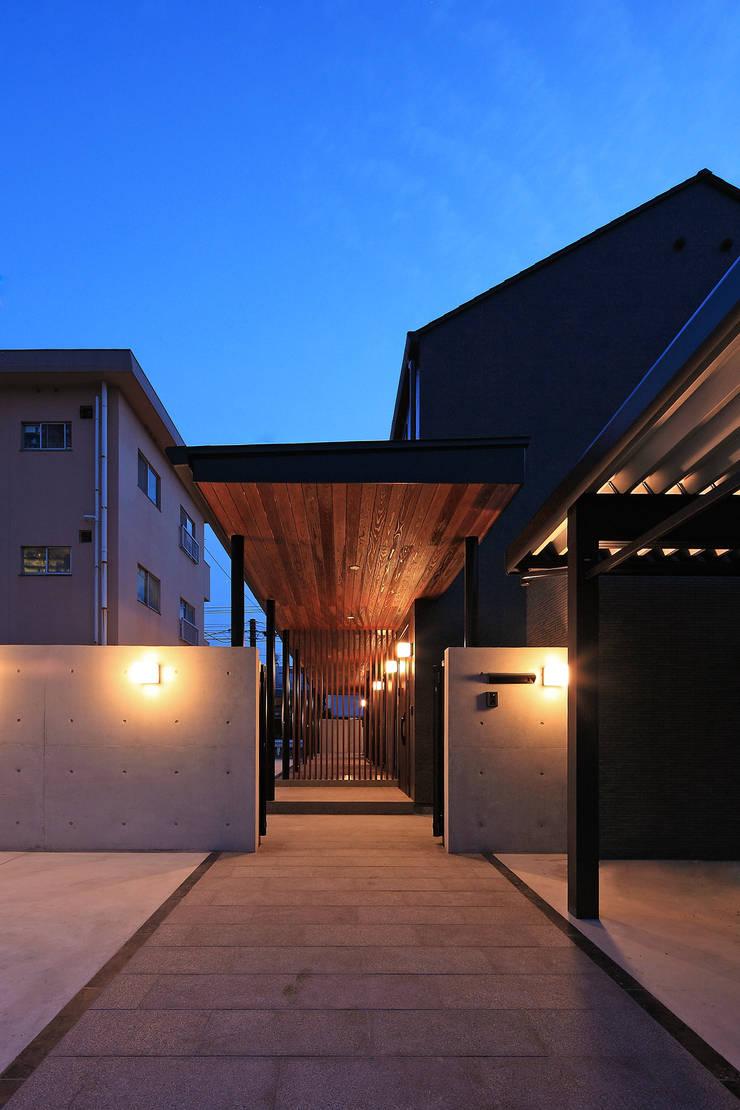 外観1: 猪股浩介建築設計 Kosuke InomataARHITECTUREが手掛けた家です。