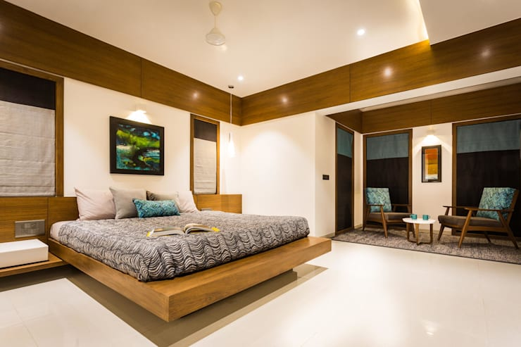 Chandresh bhai interiors: modern Bedroom by Vipul Patel Architects