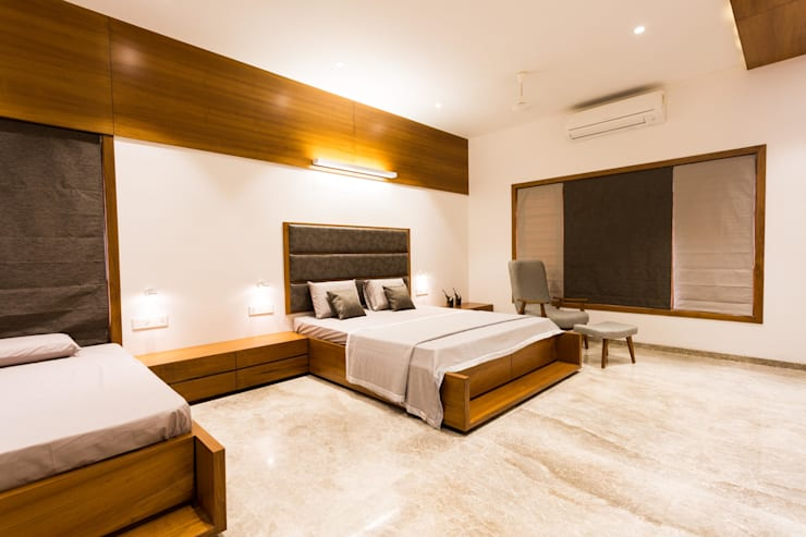 Jayesh bhai interiors:  Bedroom by Vipul Patel Architects