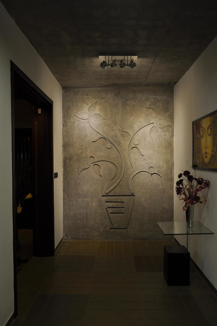 Dual house images:  Corridor & hallway by Vipul Patel Architects