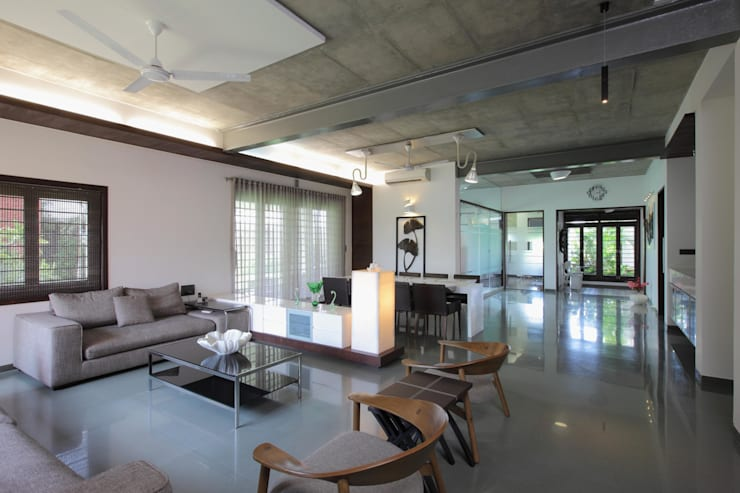 Dual house images: modern Living room by Vipul Patel Architects