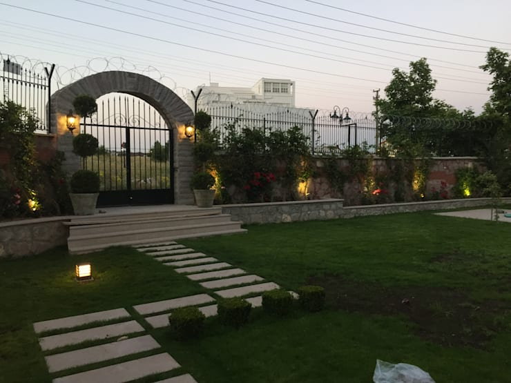 RETA Architecture-Interior-Industrial Design – Ankara Villa:  tarz Bahçe
