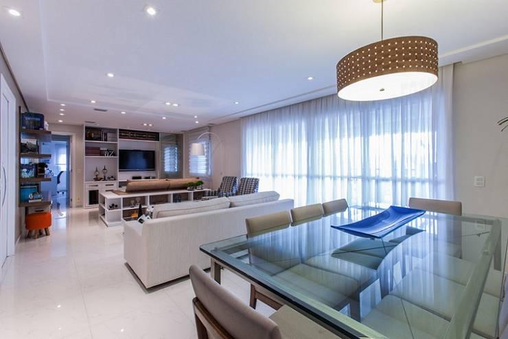 Apartamento – Campro Grande – São Paulo – SP: Salas de estar modernas por Studio LK Arquitetura e Interiores