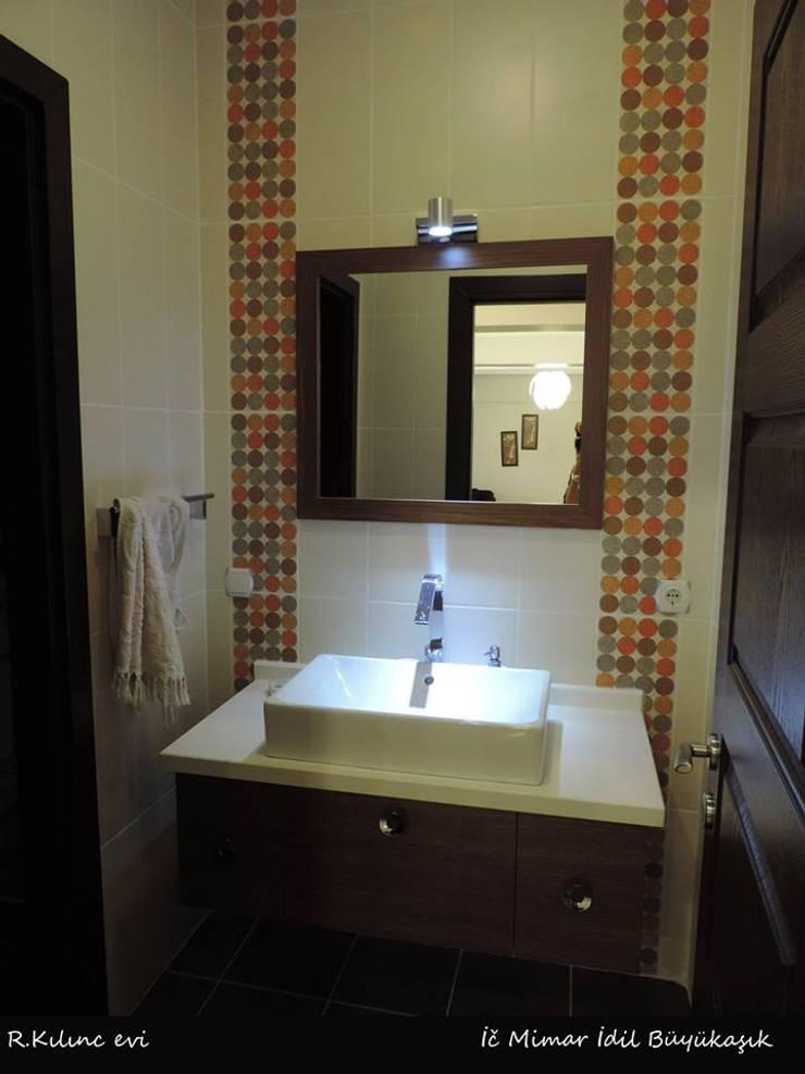 idiliçmimarlık – R. Kılınç Evi:  tarz Banyo, Modern