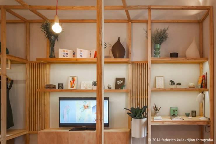 Casa Foa 2014 - Espacio 33: Livings de estilo moderno por DIM Arquitectura