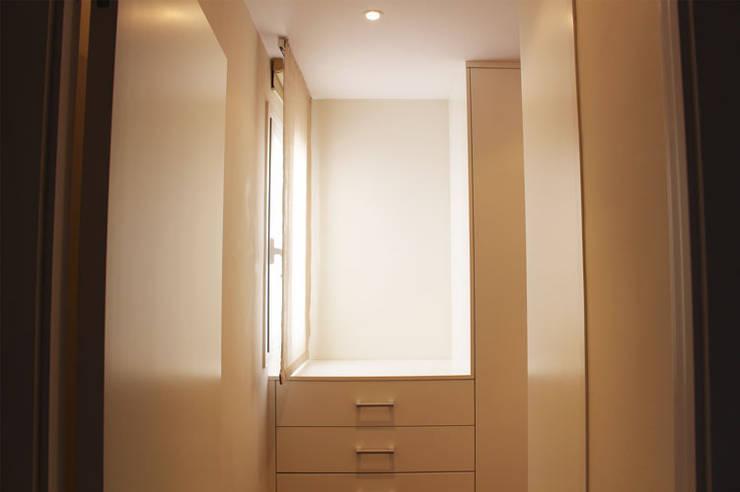 Corridor & hallway by obradeeva