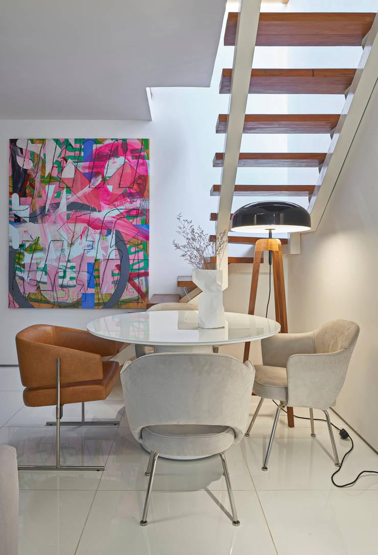Apartamento | Cobertura: Salas de estar  por Piacesi Arquitetos,Moderno