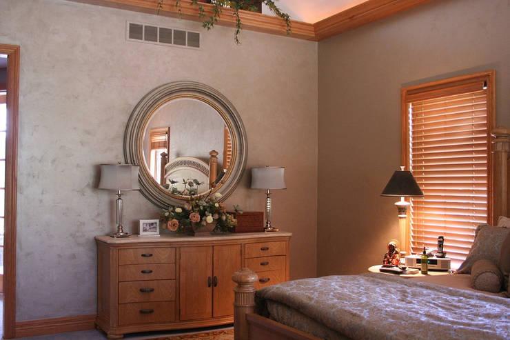 Bedroom Designs:  Bedroom by Chartered Interiors ,Modern