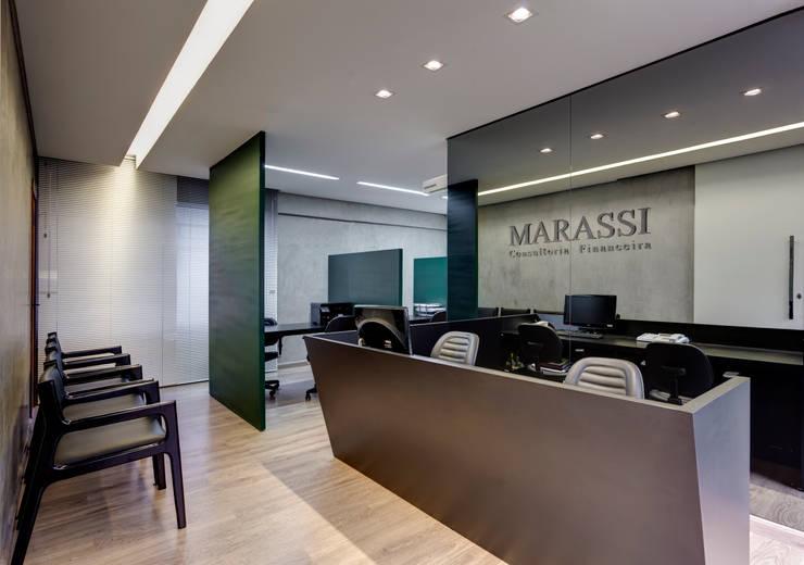 Marassi: Espaços comerciais  por Piacesi Arquitetos