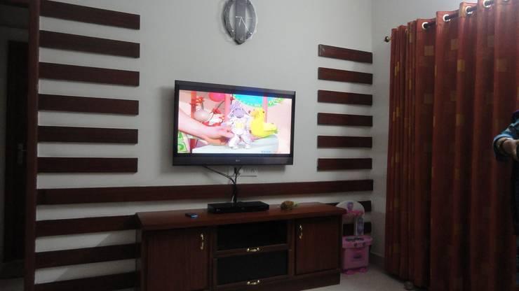 Bedroom Designs: modern Bedroom by interiordesignerjoy