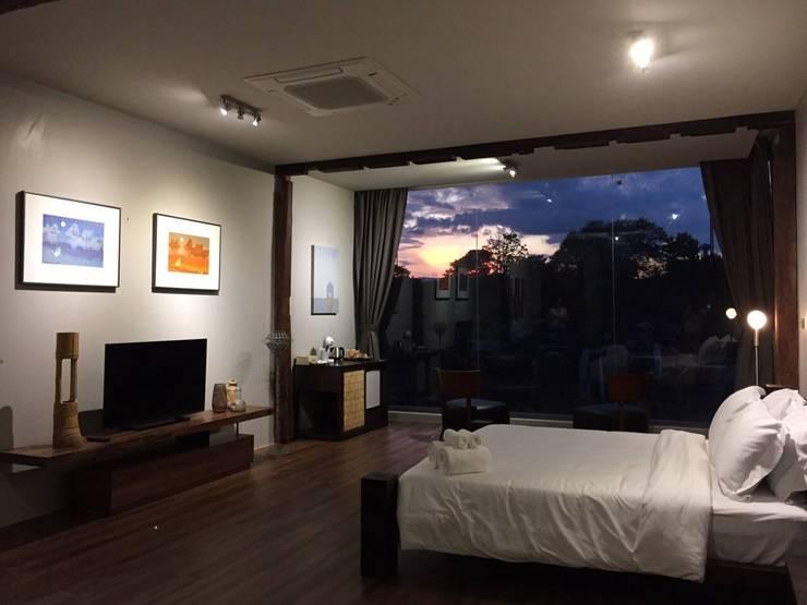 CASA KI: Dormitorios de estilo  por Jimena Fullana