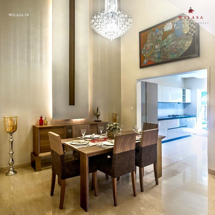 Model Apartment: modern Dining room by Construction Associates