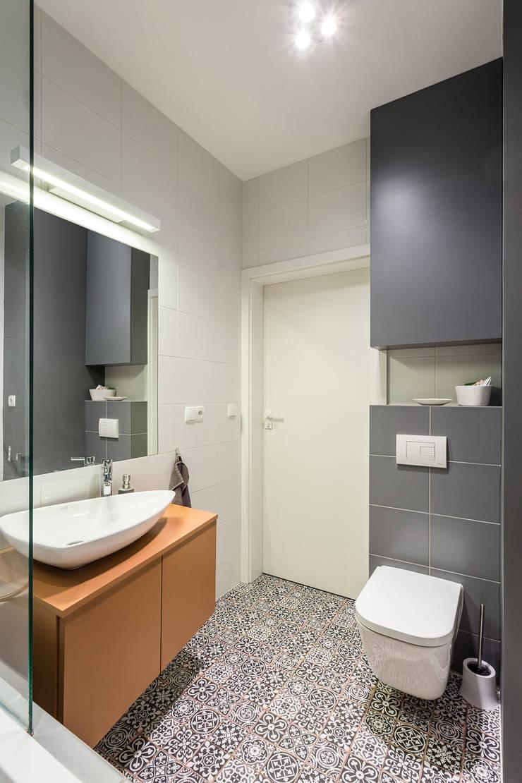 Mieszkanie – Warszawa Włochy: styl , w kategorii Łazienka zaprojektowany przez Michał Młynarczyk Fotograf Wnętrz