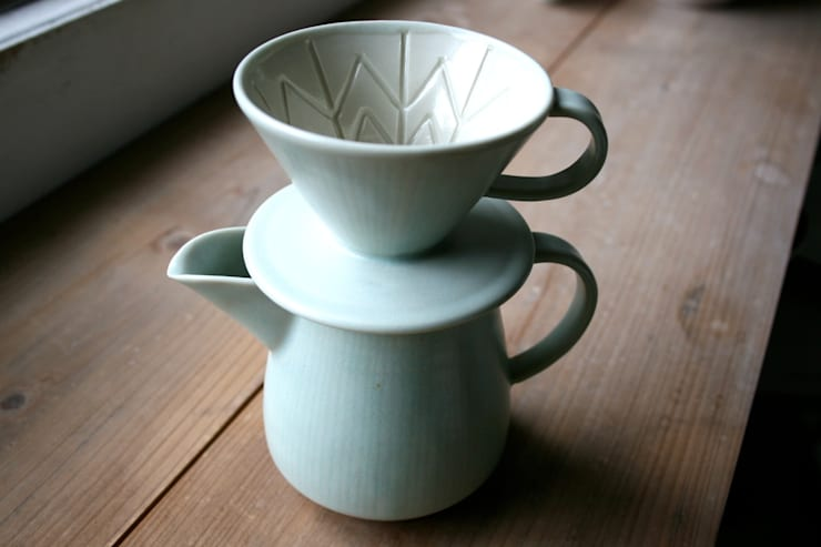 コーヒードリッパー&サーバー(グリーン): taro-coboが手掛けた折衷的なです。,オリジナル 磁器