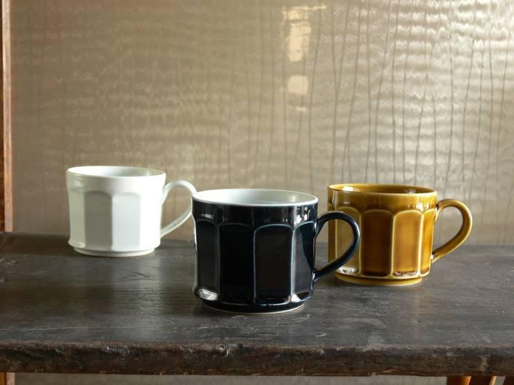面取マグカップ(白磁・ルリ・黄磁): 三窯が手掛けたキッチンです。,