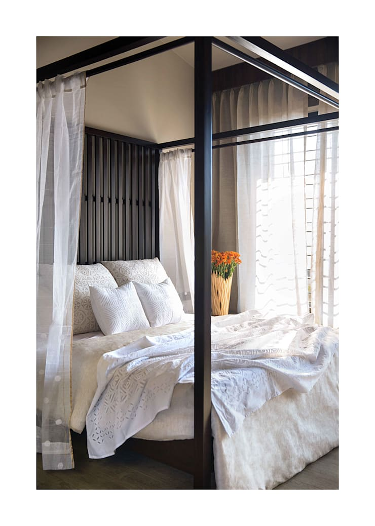 Lonavala Holiday Home :  Bedroom by Rakeshh Jeswaani Interior Architects,Eclectic