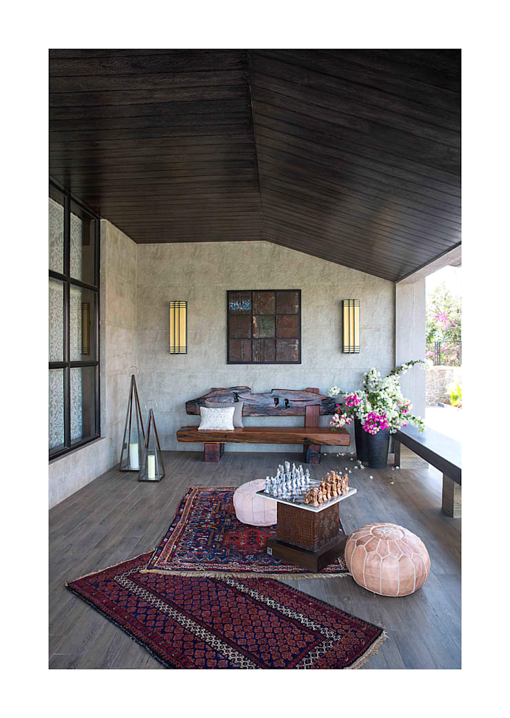 Lonavala Holiday Home :  Terrace by Rakeshh Jeswaani Interior Architects,Eclectic
