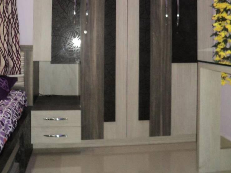 Interior Designs:  Bedroom by vastu_interiors