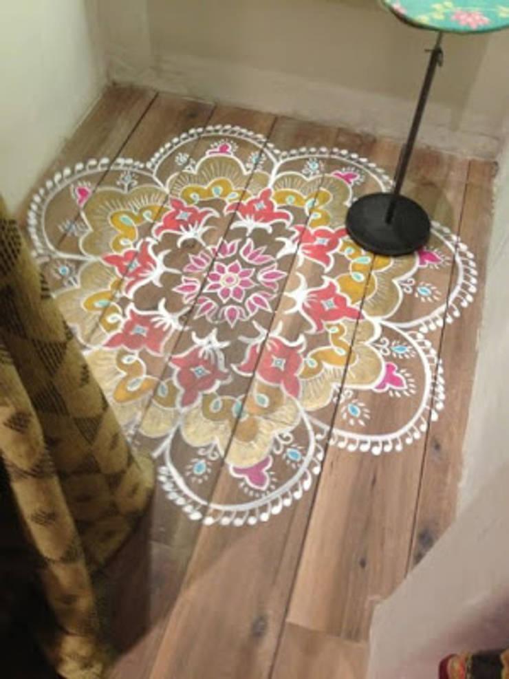 INDIAN INTERIOR DESIGN:  Walls by srisutath