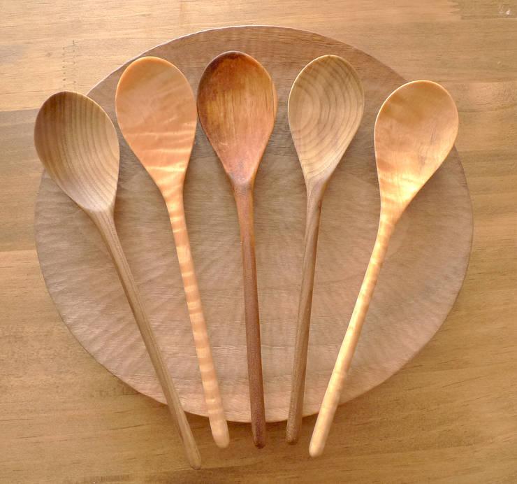 木のスプーン:  みたけさいとう商店が手掛けたキッチンです。,