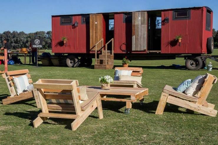 Alquiler de Livings de madera: Jardines de estilo  por Tienda Pallet